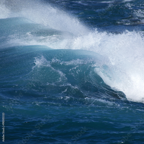 Autocollant pour porte breaking waves natural background