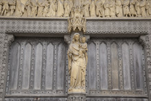 Mary Statue At Westminster Abbey, London, England