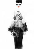 kobieta z elegancką sukienkę. streszczenie akwarela. moda tło - 98493764