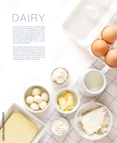 Fotoposter Zuivelproducten Dairy products on a white table