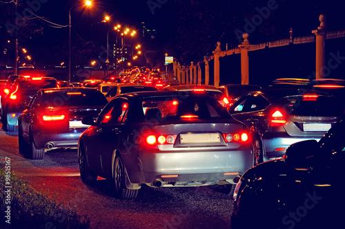 Zdjęcie XXL Nocny korek na ulicy miasta