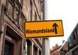 Strassenschild 44 - Niemandsland