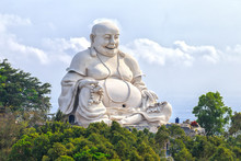 Architectural Specification Biggest Maitreya Buddha Merciful Smile, Bright White Amnesty On High Peaks Attracts Many Buddhists To Pray For Peace.