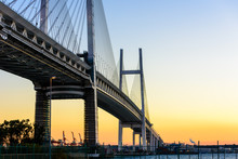 夕日の横浜港