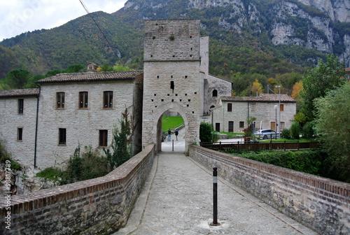Foto op Aluminium Monument Abbazia di San Vittore, Genga, marche Italia