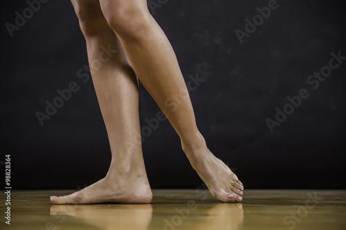 Spoed Fotobehang Gymnastiek Foot stepping