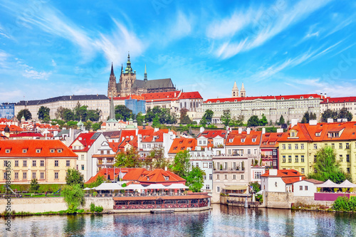 Carta da parati View of Prague Castle from waterfront  Vltava river in Prague.Cz
