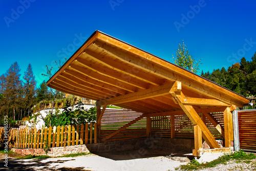 Fotografia  Carport schützt vor Sonne und Wetter