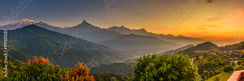 La pose en embrasure Photos panoramiques Sunrise over Himalaya mountains