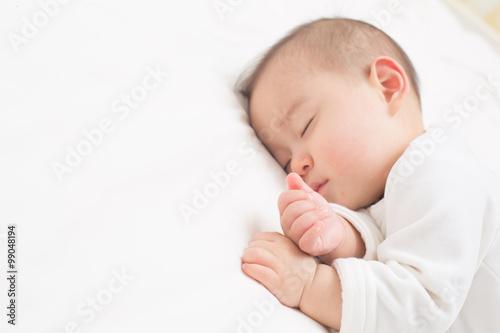 Fotografie, Obraz  赤ちゃんのお昼寝