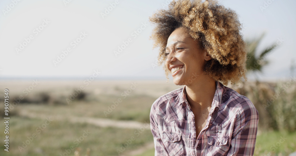 Fototapety, obrazy: Young Smiling Woman Outdoors