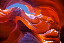 Lower Antelope Canyon View Nea...