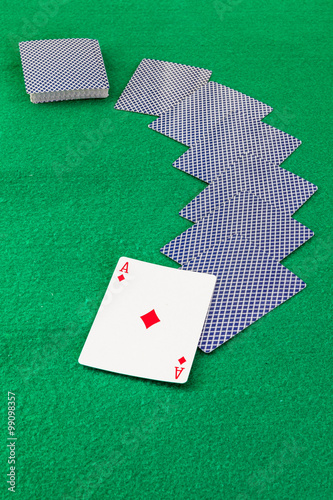 Платно  Image related to classic and online casino  games  on a game cards background fr