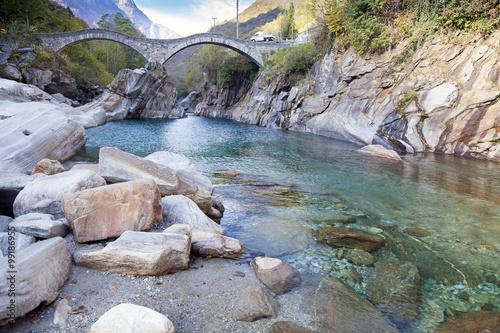 Foto op Plexiglas Japan Ponte dei Salti, Verzasca, Tessin, Schweiz
