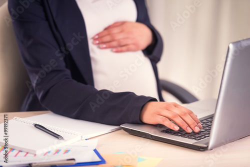 Fotomural  Pregnant Business Woman