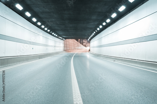 Fototapeten Tunel City tunnel road viaduct of night scene
