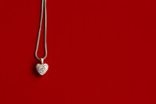 Luxury Heart Necklace With Sty...