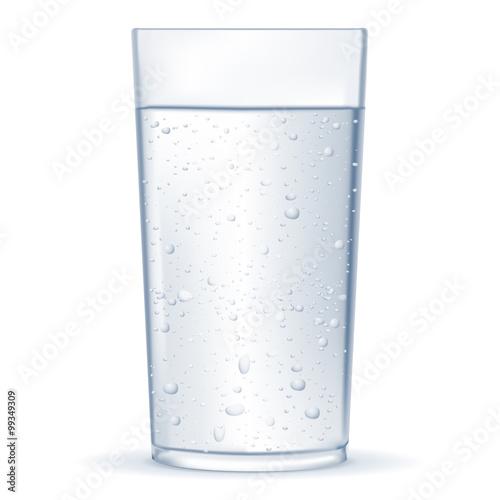 Papiers peints Eau Glass of water with drops.