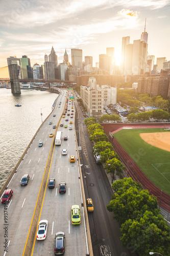 Keuken foto achterwand New York Busy highway in New York with Manhattan