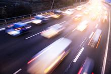 Autoverkehr Auf Autobahn