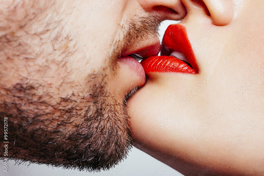 Fototapety, obrazy: Man and woman lips wants to kiss