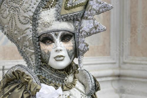 Cadres-photo bureau Inspiration painterly Woman with big mask