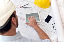 Planung Und Entwicklung Im Bau...
