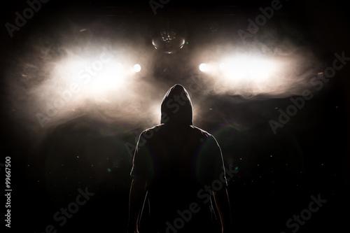 Photo Artist betritt Bühne