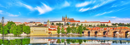 Photo  View of Prague Castle and Charles Bridge-famous historic bridge