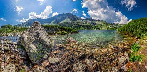 Obraz Panorama of beautiful pond in the Tatra Mountains - fototapety do salonu