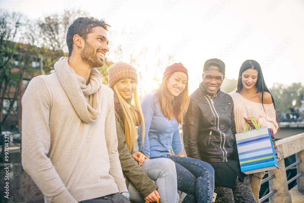 Fototapety, obrazy: Group of friends laughing