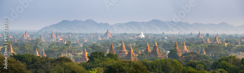 Photo  Panorama view of The plain of Bagan(Pagan), Mandalay, Myanmar