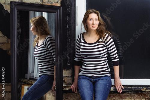 Photo  size plus model posing in studio