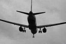 British Airways Boeing 777-200ER Landing 27L At Heathrow