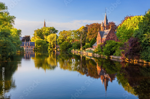 Deurstickers Brugge Bruges, Belgium: The Minnewater (or Lake of Love), a fairytale scene