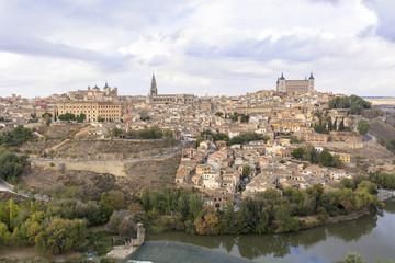 Fototapeta na wymiar 世界遺産・トレドの町並み