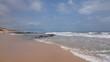 Pedras na orla da praia