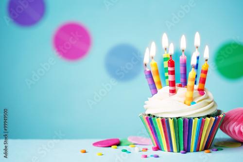 Photo  Birthday cupcake