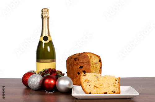 Fotografia Champagne and cake isolated