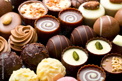 Photo sur Aluminium Dessert variety chocolate pralines