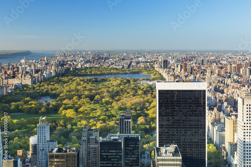 Stampa su Tela New york city skyline with central park, View from the Rockefeller Center viewin