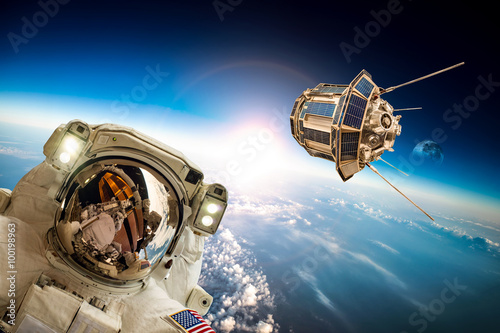Deurstickers Nasa Astronaut in outer space