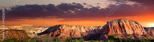 Cadres-photo bureau Secheresse Sunset at Ghost Ranch