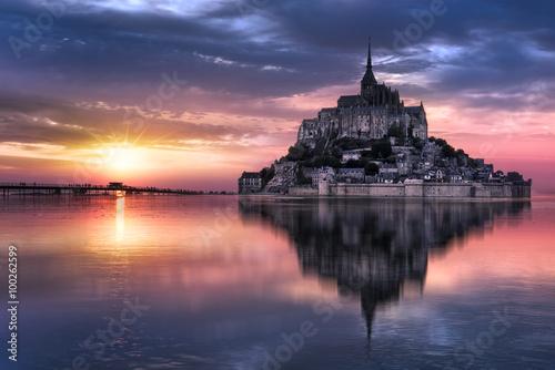 Mont Saint Michel at sunset, France Fotobehang