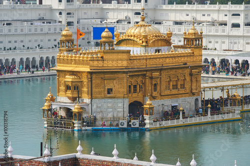 Staande foto India The Golden Temple, located in Amritsar, Punjab, India.
