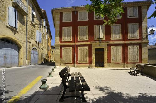 Spoed Foto op Canvas Bruin Place de repos à Cadenet, Vaucluse