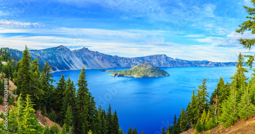 Ile Crater Lake National Park in Oregon, USA