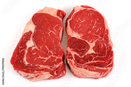 Papiers peints Steakhouse fresh raw rib eye steak on white background
