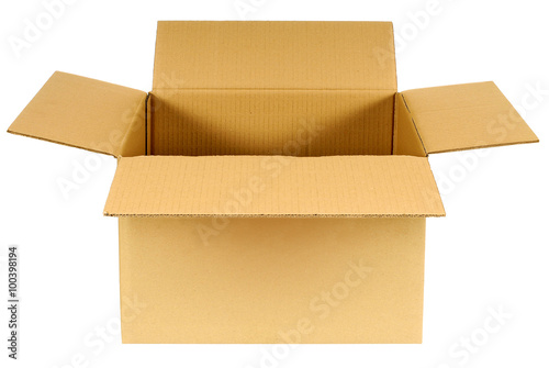 Fotografía Open plain brown blank cardboard box isolated on white background