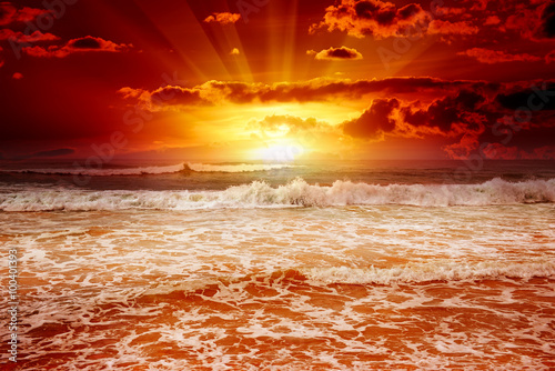 Poster Cuban Red Beautiful sunset above the sea